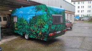 snake-style-caravan