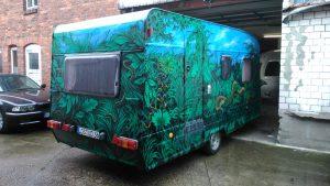 snakes-caravan